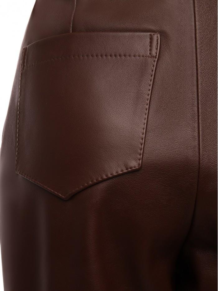 Boyfriend pants in brown